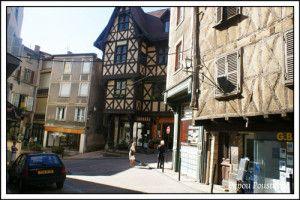 Thiers-Maison-du-Pirou-Auvergne-DSC07430_GF