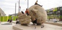 Ecoute – Sleepy Head sculpture – Les Halles