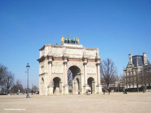 Arc de Triomphe du Carrousel and Pavillon de Marsan