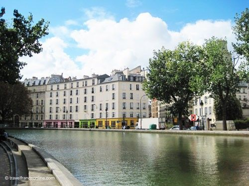 Restaurants and cafés along the Canal Saint Martin