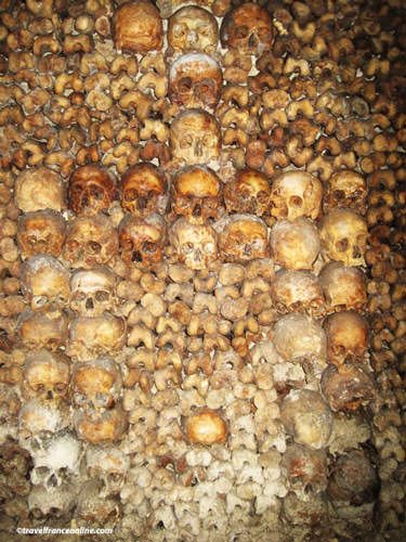 Bones arranged in patterns in Paris Catacombes