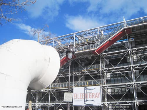 Centre Pompidou and ventilation chimney
