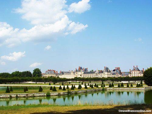 Chateau de Fontainebleau - Castle and gardens
