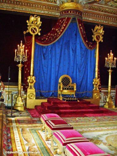 Chateau de Fontainebleau - Salle du Trone