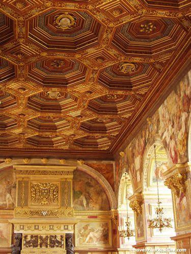 Chateau de Fontainebleau - Ballroom coffered ceiling