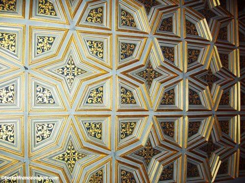 Chateau de Fontainebleau - Coffered ceiling