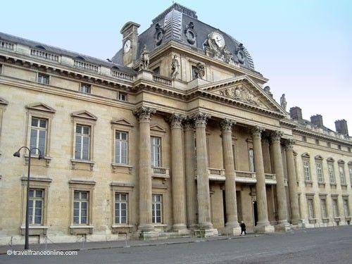 Ecole Militaire - le Chateau