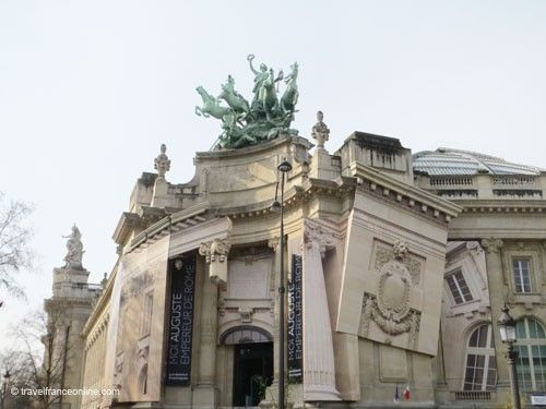 Grand Palais - Sculptural group on pediment