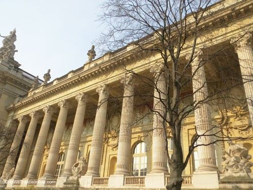 Grand Palais - Doric columns on Avenue Churchill