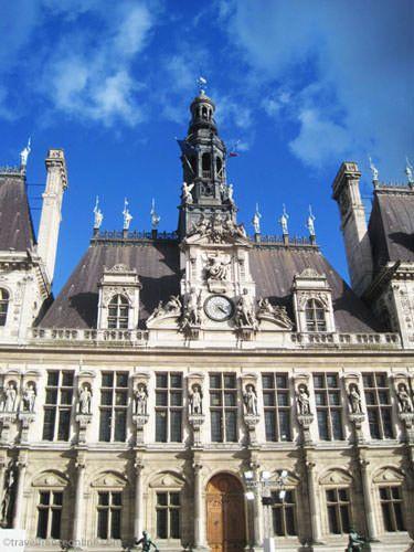 Hotel de Ville- Renaissance architecture