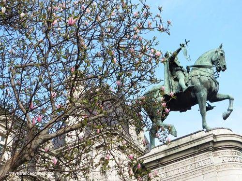 Hotel de Ville - Equestrian statue of Etienne Marcel