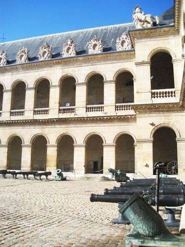 Cour d'Honneur - Hotel des Invalides