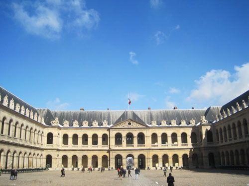 Hotel des Invalides - Cour d'Honneur and St-Louis-des-Invalides