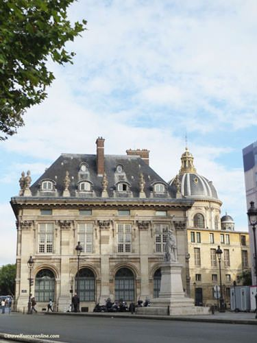 Institut de France - Western pavilion
