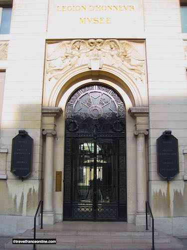 Entrance to the Legion of Honour Museum on rue de Bellechasse