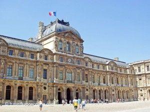 Louvre Palace - Pavillon de l'Horloge in Cour Carrée