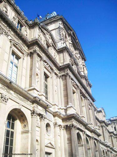 Louvre Museum - Louvre Pavilion