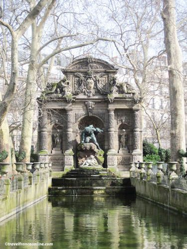 Medici Fountain - Luxembourg Palace and gardens