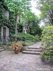 Montmartre village - Hameau des Artistes