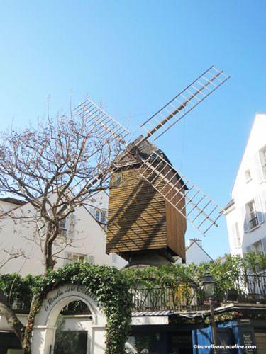 Montmartre Village - Moulin de la Galette
