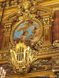 Opera Garnier - Gilded lyre and medallion in Salon d'Honneur