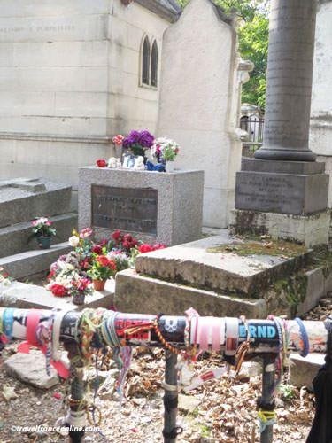 Pere Lachaise Cemetery - Jim Morrison's grave