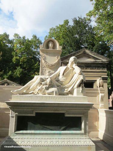 Pere Lachaise Cemetery - Sculptor Viscounti's grave