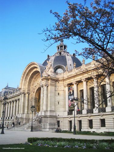 Petit Palais's main facade on Avenue Winston Churchill