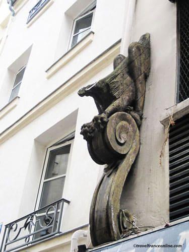 Saint Germain des Pres Church vestiges