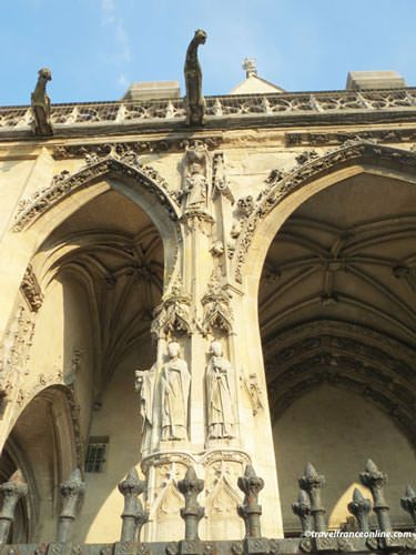 Saint Germain l'Auxerrois Church porch