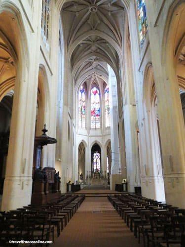 Saint Gervais Saint Protais Church - nave