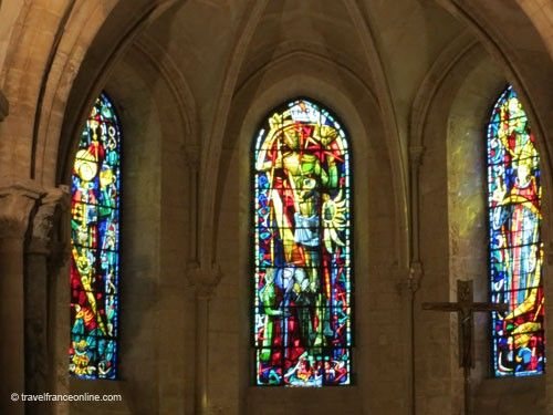 Saint Pierre de Montmartre Church - Stained glass windows by Max Ingrand
