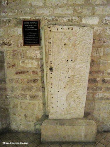 Saint Pierre de Montmartre Church - Queen Adelaide de Savoie's tombstone