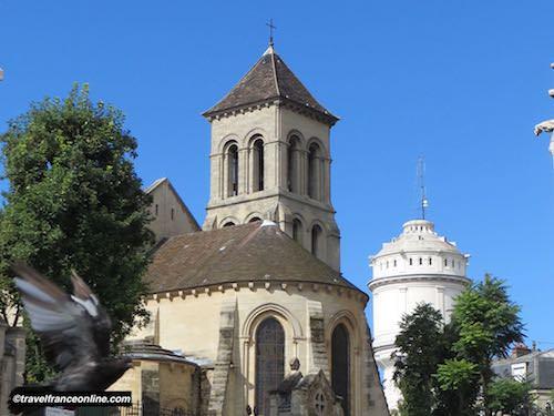 Saint Pierre de Montmartre Church in Paris