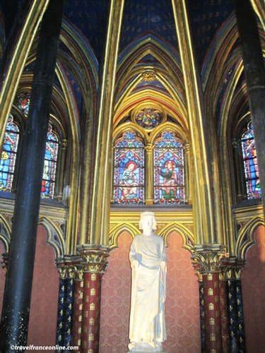 Sainte Chapelle - Chapelle Basse - Statue of Saint Louis