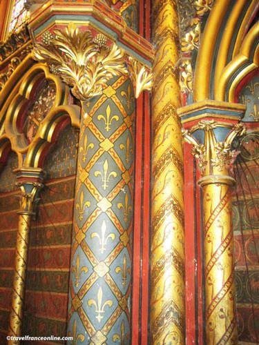 Sainte Chapelle - Chapelle Haute - close up column