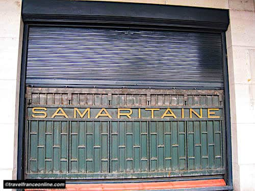 La Samaritaine - Metal curtain on facade overlooking the river