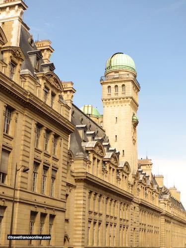 Sorbonne University - Facade on Rue Saint-Jacques
