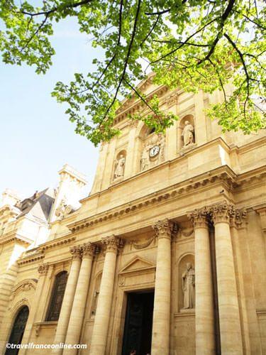 Main facade Sorbonne Univerisity on Place de la Sorbonne