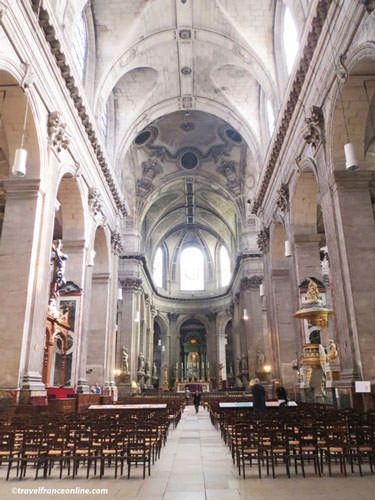 St Sulpice Church - Impressive nave