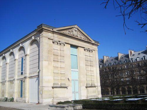 Musée du Jeu de Paume in Tuileries garden