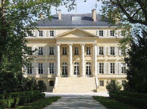 Medoc Wines – Bordeaux Vineyard – Aquitaine