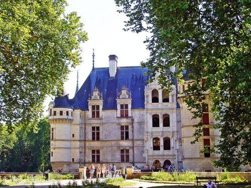 Azay le Rideau Castle - Loggias and grand staircase