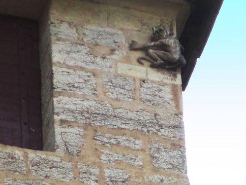 Devils Tower - Tour du Diable on Pont Valentré in Cahors