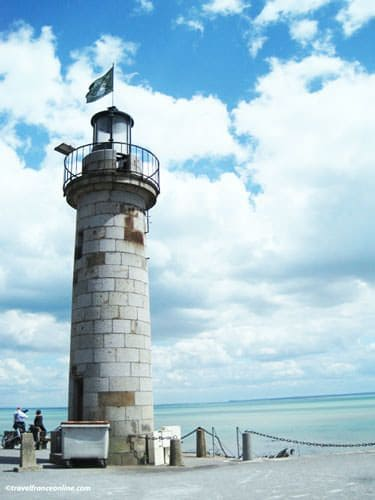 Cancale lighthouse