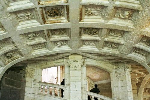 Chateau de Chambord - Vault of the double helix staircase
