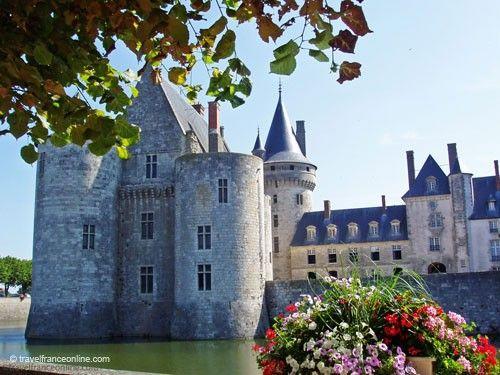 Chateau de Sully sur Loire - Fortress and Petit Château