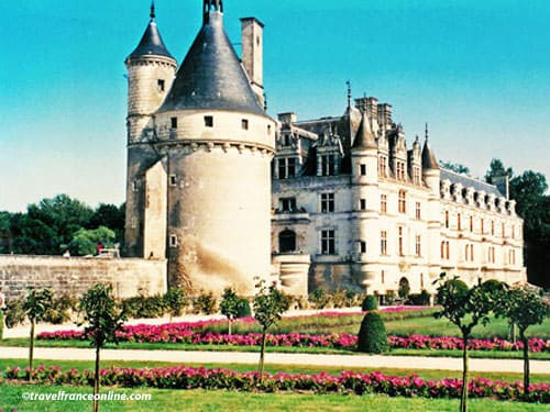Chateau de Chenonceau - Tour Marques and castle