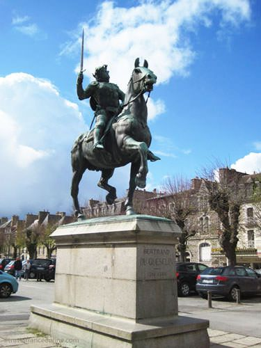 Statue of Bertrand du Guesclin on Place du Champ Clos