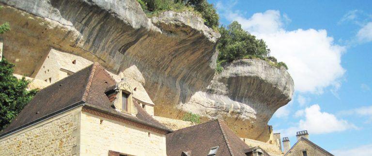 Les Eyzies de Tayac Sireuil – Vezere Valley